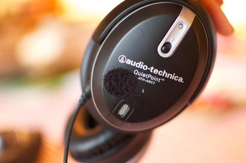 101111-headset1.jpg